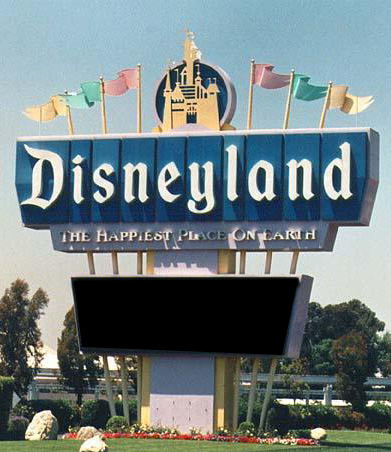old-disneyland-entrance
