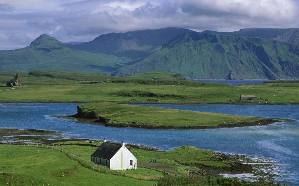 farm-cottage-canna-island-inner-hebrides-scotland_1680x1050_74041