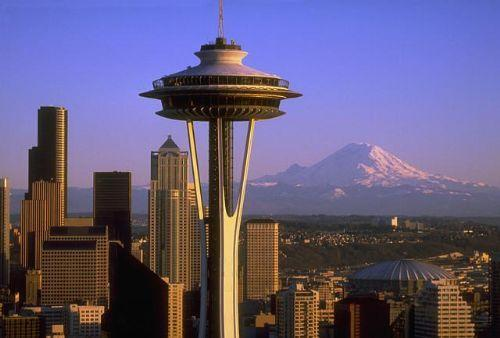 i-fa7f8170045dedcb95d075ffdf7954a7-2277397-Space_Needle_Downtown_and_Mt_Rainier-Seattle