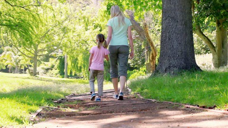 755528852-shorts-walking-away-back-daughter